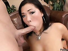 London Keyes gets drenched in cum