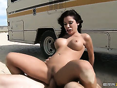 Chica Aleksa Nicole with giant hooters and Jordan Ash have