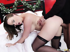 Chanel Preston with juicy melons gets her