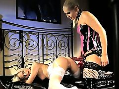Blonde Brandy Smile gets unbelievable lesbian