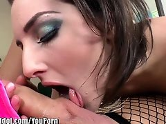 ShemaleIdol Tegan Mohr Fucks First Shemale