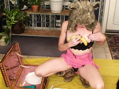 blonde whore loves to suck bananas