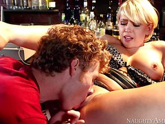 Kagney Linn Karter spreads her legs and pulls out her