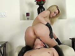 Missy Woods sure is a bossy lady. I mean, she doesnt ask you to eat her pussy. No, she hops