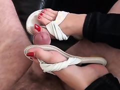 Shoejob in Leather Flip Flops