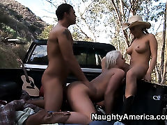 Rocco Reed plays hide the salamy with Sadie Swede