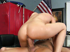 Milf goddess Sindy Lange with gigantic melons finds her pussy