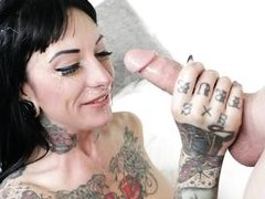 jessie lee likes to swallow huge dicks