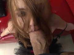 Naughty Czech chick Linda Sweet gets her mouth drilled by