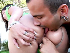 Voodoo stretches flirty Alexis Breezes mouth with