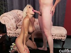 Kinky babe gets cumshot on her face eating all the love juic