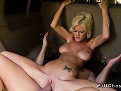 Huge tits sledner Milf bangs in mini van
