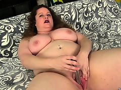 Sexy BBW shows off her juicy tits pussy and ass She sucks a