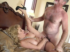 Karen Summer gets her mouth attacked by dudes meaty erect cock