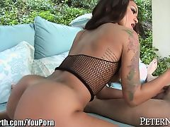 Twerking Ebony BABE Jerks You Off