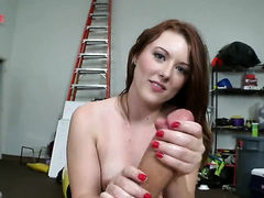 Redhead Cammie Fox with round butt is
