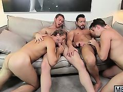 Foursome with muscly dudes thats out of this world