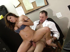 Francesca Le finds it exciting to be cum covered