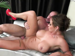 Brunette tramp with bubbly butt and clean muff cant live a day without getting her mouth fucked by horny dude