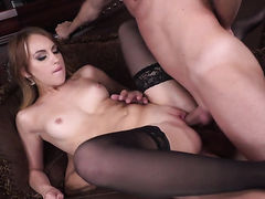 Redhead gives unthinkable oral pleasure to hard