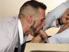hot co-worker dudes get it on in office