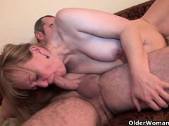 Mom's old body craves toy boy's cum