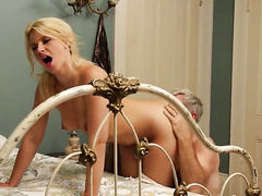 Enchanting slut Anikka Albrite has fire in her eyes while eating mans erect snake