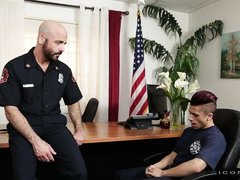 beautiful hunk sucks cop's cock