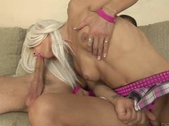 Hot blooded tranny Mia Davina rubs her tits and plays