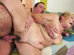 Blonde with big knockers sucks the sperm out of dick