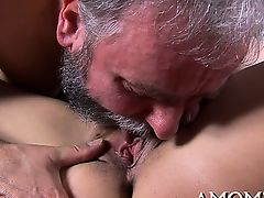 Hot mom welcomes hard dong to enter her soaking snatch