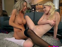 College Babe Gets Freaky With A Horny Dyke