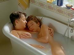 Victoria Abril & Josiane Balasko - French Twist (1996)