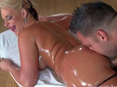 Curvy milf blonde Phoenix Marie is with her face down