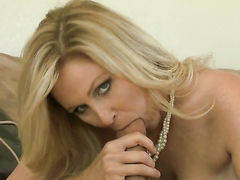 Milf Jessy Jones finds man handsome and takes