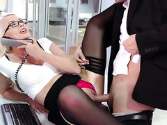 Bradley Remington shows nice sex tricks to With big