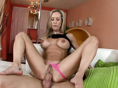 Blonde Brandi Love with bubbly butt loves the
